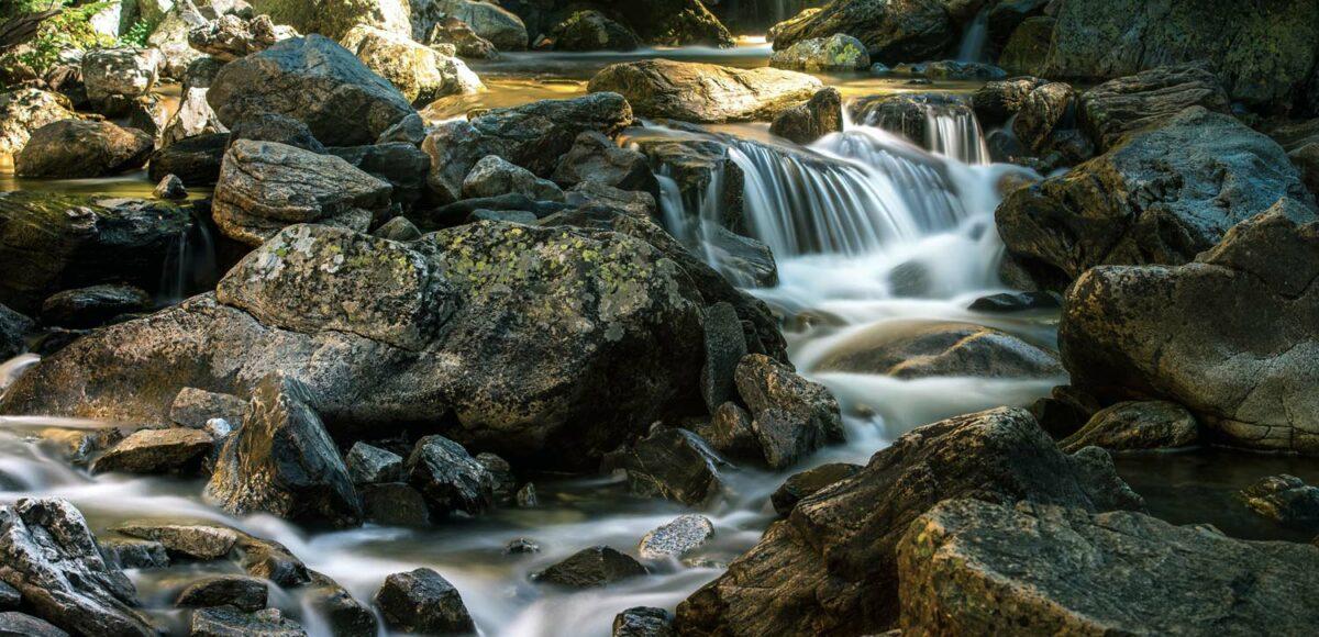 Schutz vor Elektrosmog/5G: Schungit zur Wasserenergetisierung